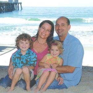 Chiropractor San Clemente CA Robert DeMoss and family